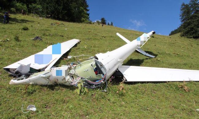 Földbe csapódott egy vitorlázógép, a pilótát a légimentők sem tudták életben tartani