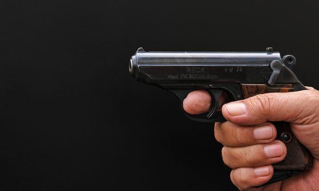 Nem akart ölni: barátja könyörgött a fiatal anyukának, hogy lőjön