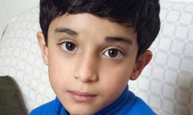 Tragédia az iskolában: összerogyott a 9 éves fiú az ebéd után, már nem lehetett megmenteni