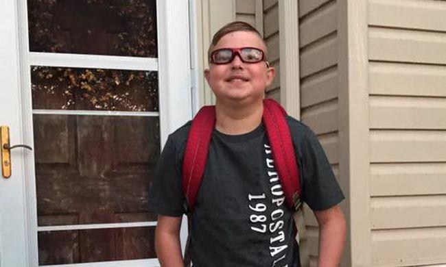 Megrázó, ami a szívbeteg fiúval történt: az első iskolanapon holtan esett össze