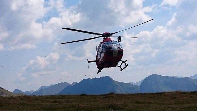 Szakadékba zuhant egy nő, mentőhelikoptert riasztottak