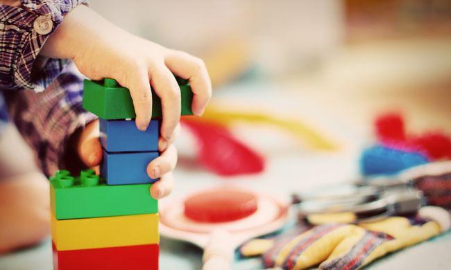 Rejtett veszélyre figyelmeztetnek: mérgekkel lehetnek tele ezek a játékok