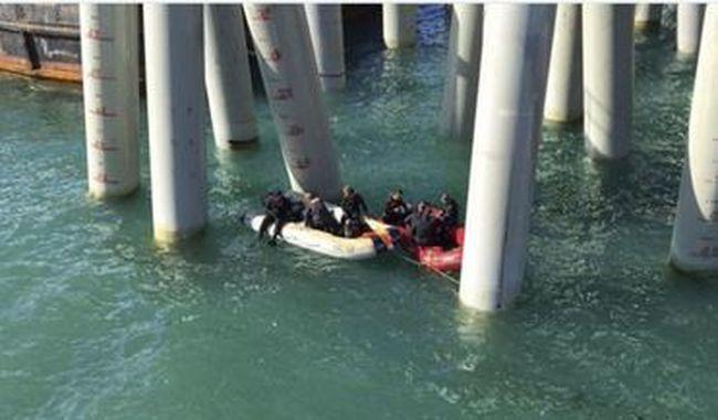 Szomorú hír jött: tengerbe zuhant egy tömött busz, rengeteg a halott