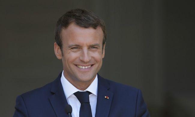 Kiakadtak a franciák: így ünnepli a szülinapját Macron