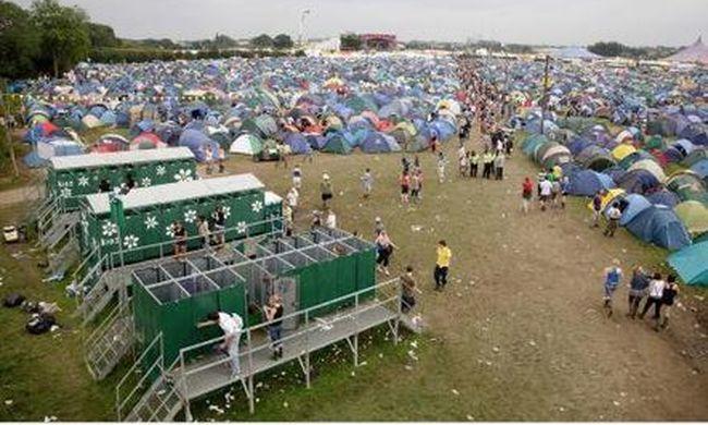 Tragédia a fesztiválon: holtan hevert a sátorban egy fiú