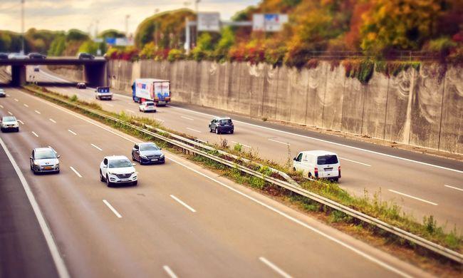 Tragédia és felfordulás az autópályán: út közben veszett össze a házaspár