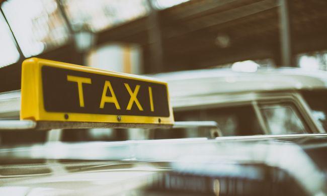 Késsel fenyegette meg a taxist, megszerezte bevételét