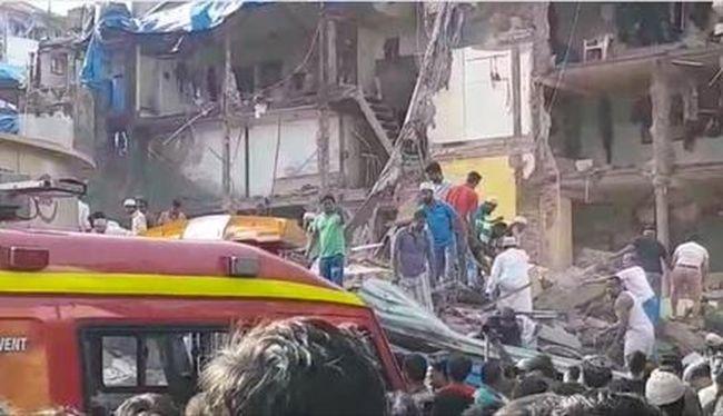 Nőtt az áldozatok száma: összedőlt egy lakóház, rengeteg a halott
