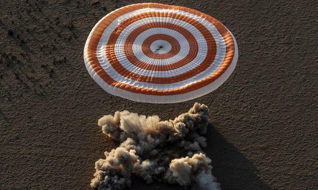 Látványos landolás a semmi közepén: rekordot döntött az 57 éves tudós