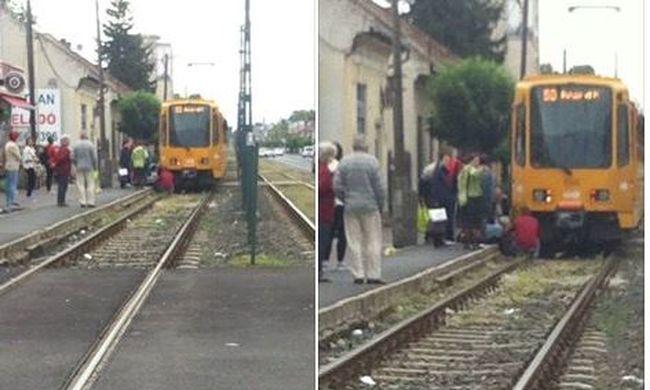 Ember került Budapesten a villamos alá - fotók a helyszínről