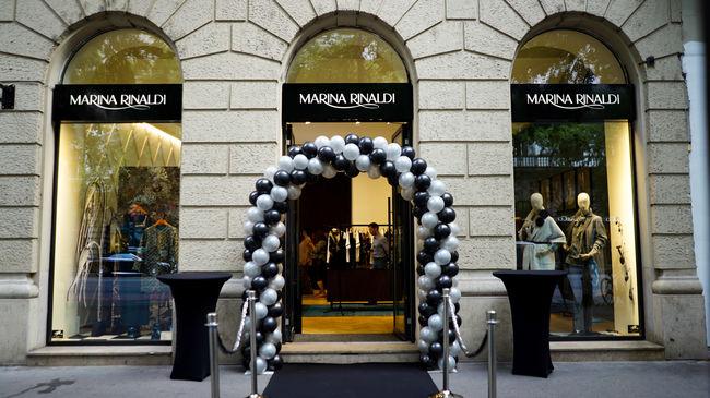 Igazi sztárdömping a Marina Rinaldi megnyitóján!