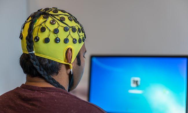 Sikerült a gondolatmegosztás: összekötötték három ember agyát a tudósok
