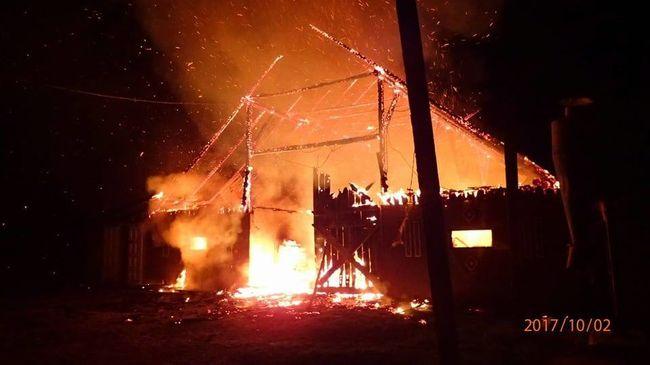Több tucat háziállat pusztult el a tűzben