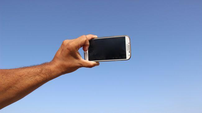 Jó hír a környéken élőknek: újabb országban szűnhet meg a roamingdíj