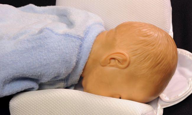 Fulladásveszély a babáknál, életveszélyes alváskönnyítőt vontak ki a forgalomból