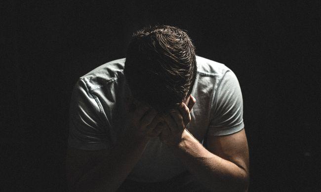 Döbbenetes dolgokat árult el a pedofíliával vádolt tatabányai hitoktató nevelt fia