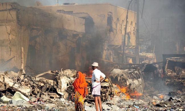 Több százan haltak meg a legvéresebb terrortámadásban