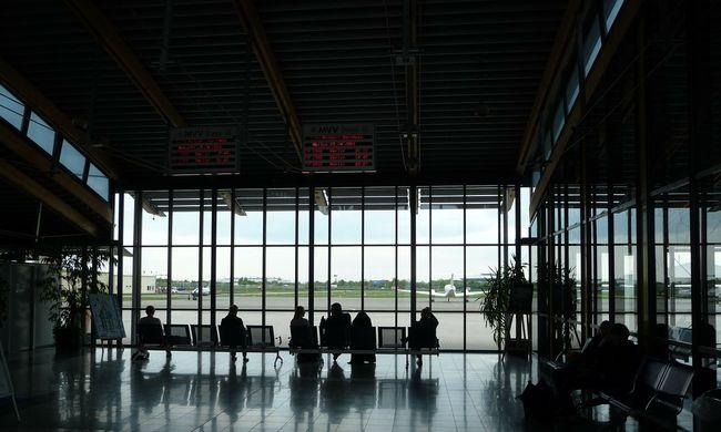Öngyilkos lett a cégvezető, külföldön rekedtek az utasok