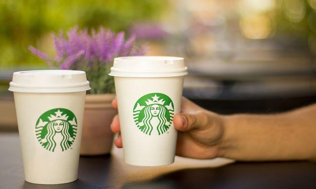 Kirobbant a botrány, súlyos lépést tesz a cég: bezár az összes kávézója