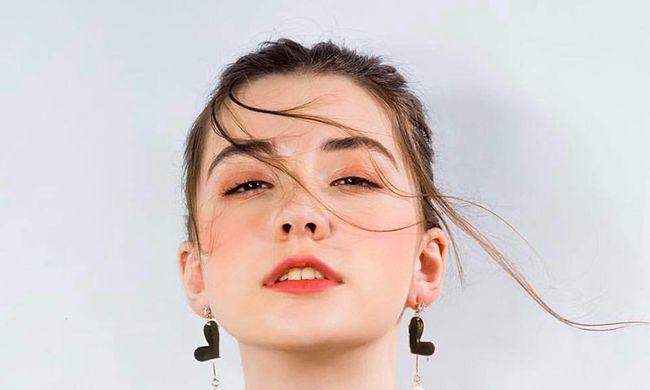 Felfoghatatlan tragédia: halálra dolgozta magát egy 14 éves modell