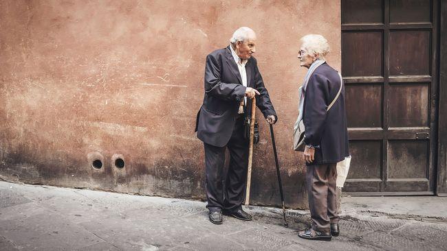 Közölték a tudósok: szinte alig van köze a hosszú élethez a genetikának