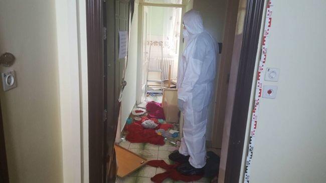 Most érkezett: holttesteket találtak egy soproni lakásban, borzalmas dolog történt
