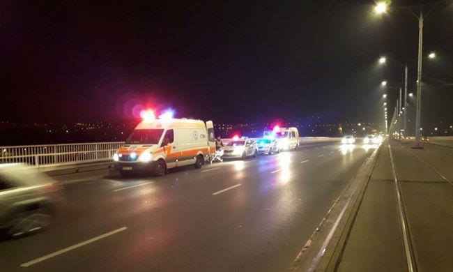 Rendőrök vonultak az Árpád hídhoz: Dunába akarta vetni magát egy férfi
