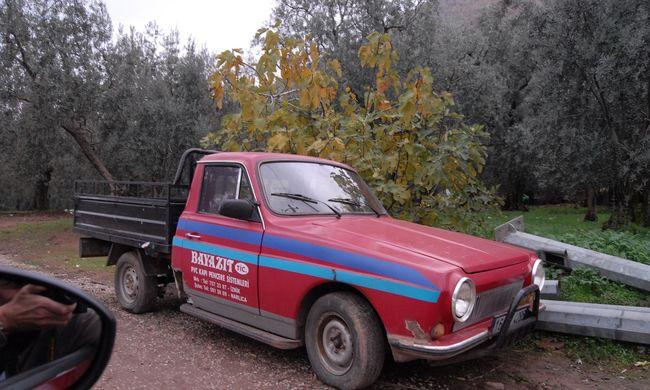 Oszmán autók és tankok