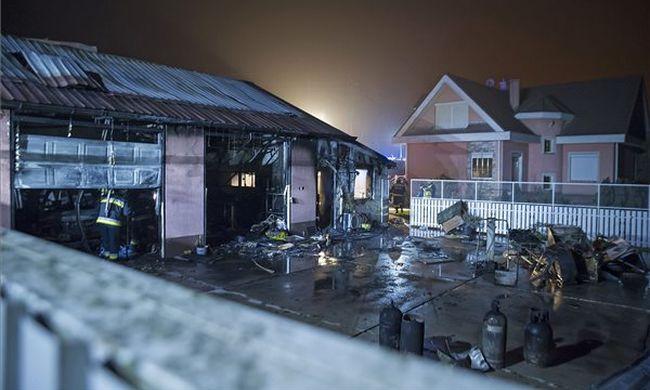 Megrázó fotó: holttestre bukkantak egy dunavarsányi házban