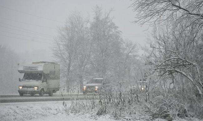 Hó, ónos eső és erős szél - kellemetlen fordulatot vesz az időjárás