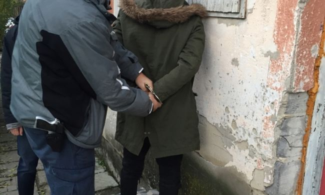 Hátulról támadt az idős nőre, a magyar asszony segítségért kiabálni sem tudott