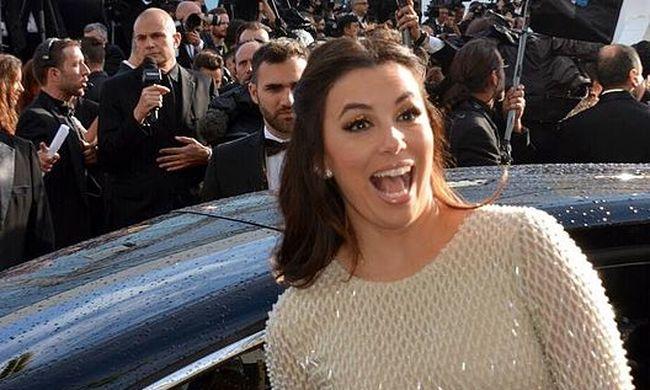 Nagy hírt közölt a híres színésznő: gyermeket vár