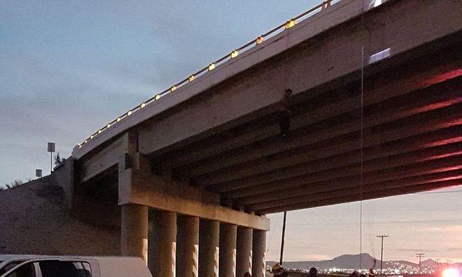 Szörnyű látvány a városban, több hídon is felakasztott holttestek lógtak