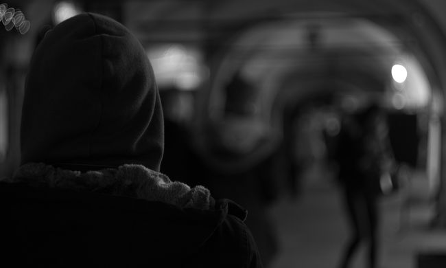 Brutális bosszút állt feleségén, mert azt hitte a nő megcsalta: a kétgyermekes anya kezét nem sikerült megmenteni