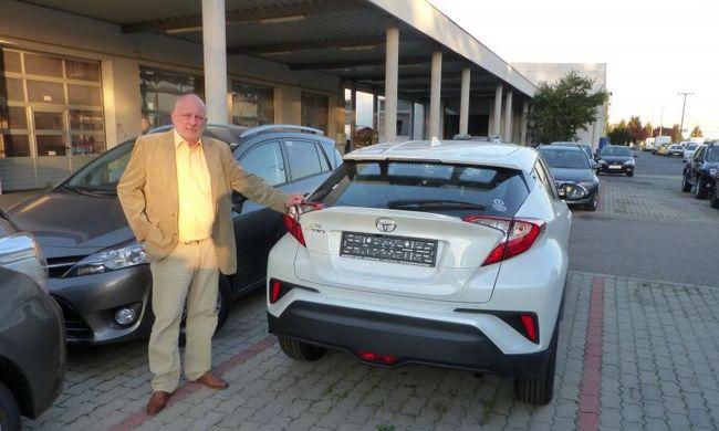 Meszlényi György: az autóeladásnál is fontosabb az utóélet