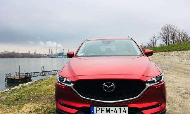 Mazda CX-5 dupla teszt: a benzines vagy a dízel jobb?