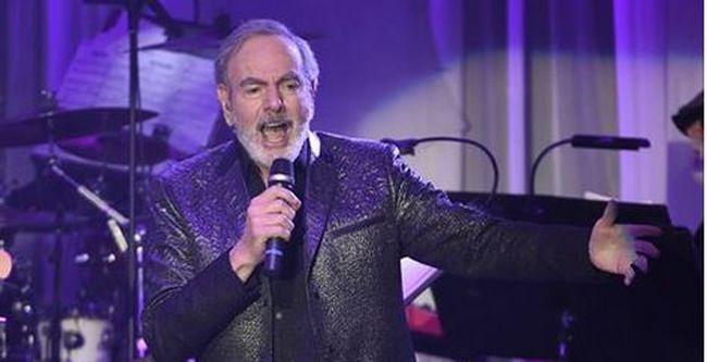 Parkinson-kór miatt nem tud többet fellépni a világhírű énekes, bejelentette visszavonulását