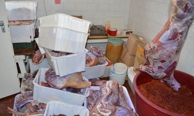 Lopott hússal kereskedett a békési férfi, lecsapott a rendőrség