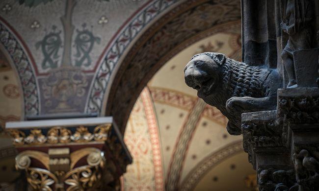 70 év után visszanyerte eredeti szépségét a Szépművészeti Múzeum Román Csarnoka