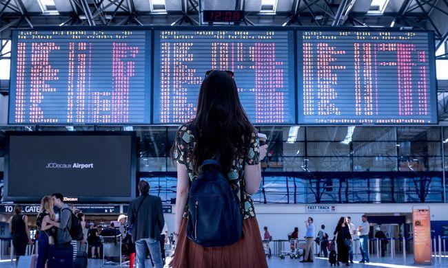 Újabb rossz hír a repülővel közlekedőknek - ezeket a járatokat törölték