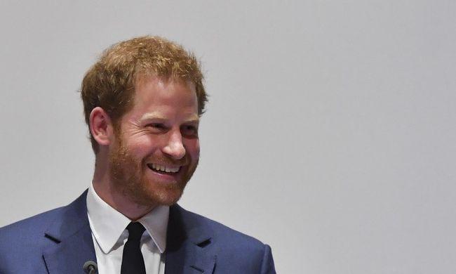 Fontos felkérést kapott Harry herceg, legjobb barátja kért segítséget
