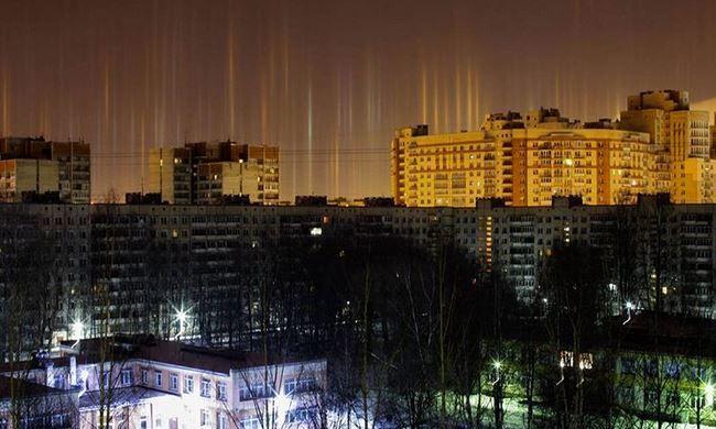 Elképesztő jelenség a téli éjszakában: ilyet még sosem lehetett látni