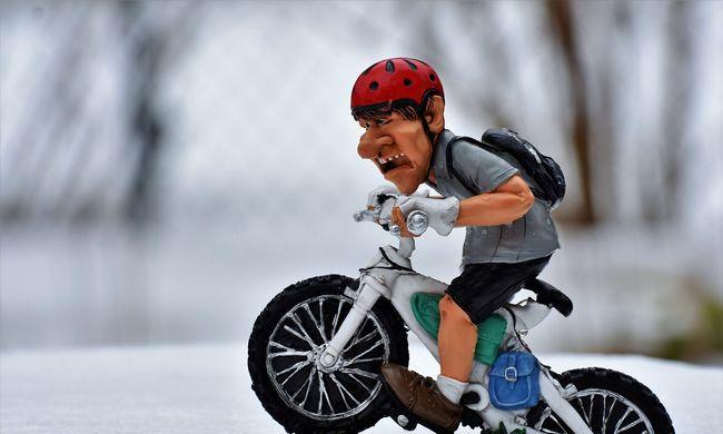 Kerékpárral indult, elveszett a hóviharban a tini