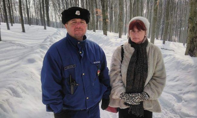 Egyedül indult túrázni a magyar nő a Mátrában, a rendőrök segítettek rajta