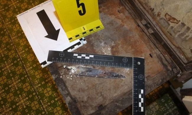 Dráma Debrecenben: kést szúrt volt férje oldalába egy ideges asszony