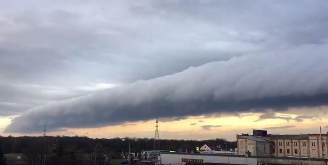 Ámulatba ejtő égi jelenség vonult át országunk déli részén - videó