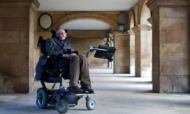 Hihetetlen dolgot kért Stephen Hawking, ilyen sírt szeretett volna