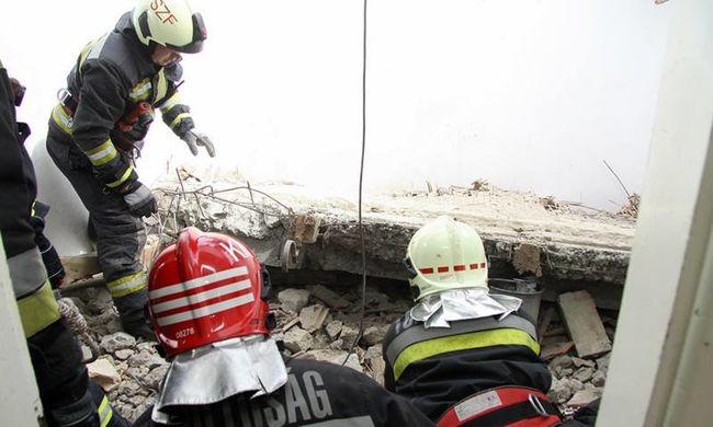 Súlyos munkahelyi baleset Székesfehérváron - megrázó képek a mentésről