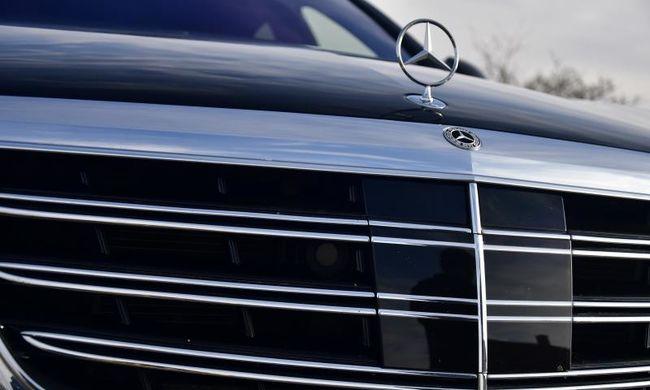 Robbanhat a botrány, több mint félmillió autót kell visszahívni