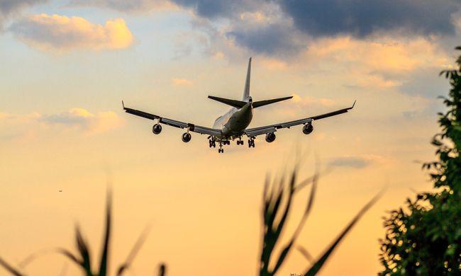 Botrány a Bukarestből induló repülőn, hitetetlen mit akart tenni az utas